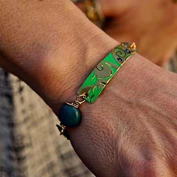 Textured Brass and Turquoise Bead Bracelet